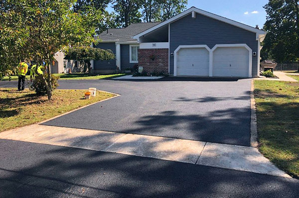 United Paving Contractors - Cherry Hill NJ Asphalt Driveway Paving